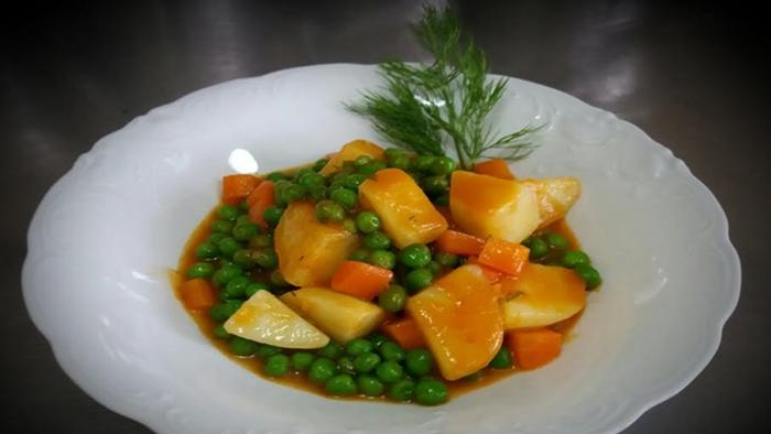 arakas_me_patates_enosi_gastronomias_ellados