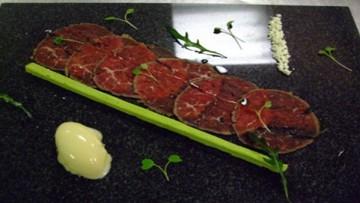 carpaccio_mosxarioy_enosi_gastronomias_ellados
