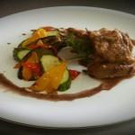 kare_arniou_me_glaso_kokkinou_krasiou_enosi_gastronomias_ellados