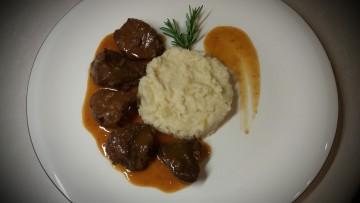 agriogourouno_sive_me_poure_selinorizas_enosi_gastronomias_ellados